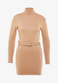Missguided Petite - LETTUCE HEM TURTLE NECK DRESS - Kotelomekko - beige - 5