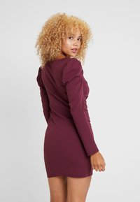 Missguided Petite - PUFF SLEEVED PANELLED MINI DRESS - Day dress - burgundy - 3