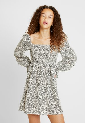 DITSY PRINT SHIRRED SKATER DRESS - Korte jurk - white