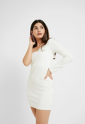 ONE SHOULDER BANDEAU BODYCON MINI DRESS - Koktejlové šaty / šaty na párty - white