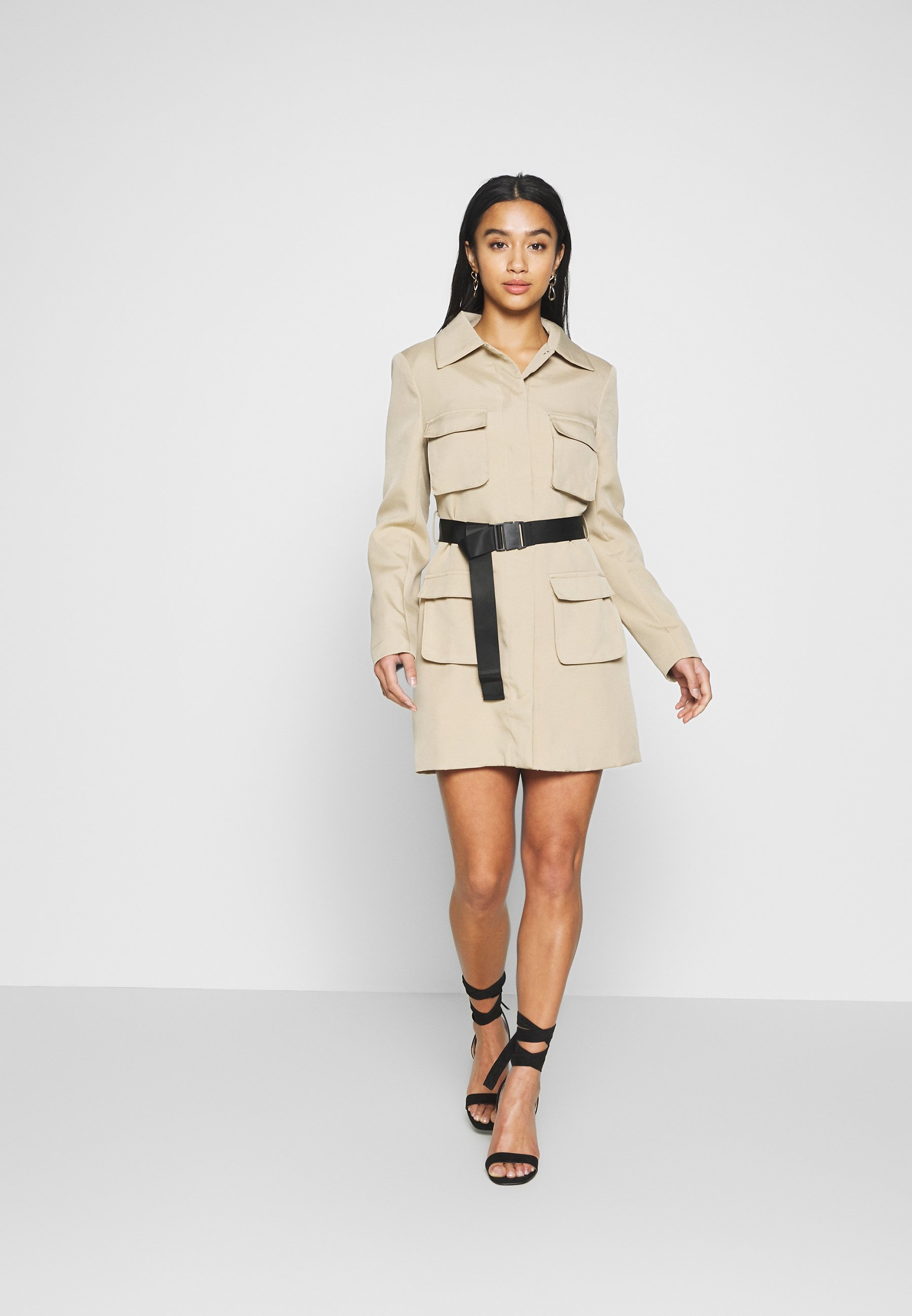 Missguided Petite Utility Belted Long Sleeved Mini Dress - Skjortklänning Sand