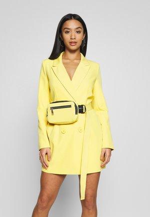 DRESS AND BUMBAG CODE CREATE - Denní šaty - yellow
