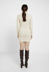Missguided Petite - ROLL NECK JUMPER DRESS - Gebreide jurk - stone - 2