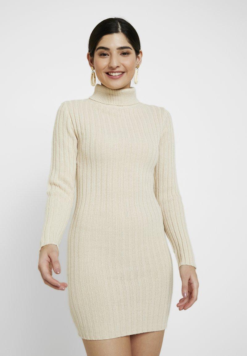 Missguided Petite - ROLL NECK JUMPER DRESS - Gebreide jurk - stone