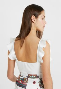 Missguided Petite - FRILL BODYSUIT - Top - white - 3