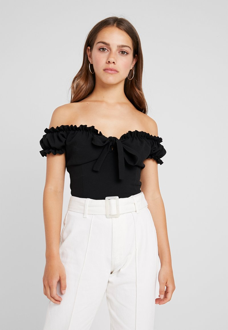 Missguided Petite - MILKMAID TIE FRONT BARDOT - T-shirt con stampa - black