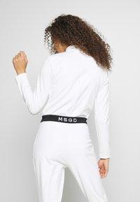 Missguided Petite - SKI BODY SUIT - Topper langermet - white - 2
