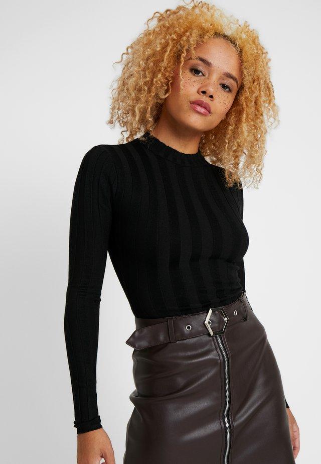 EXTREME CREW NECK BODYSUIT - Jersey de punto - black