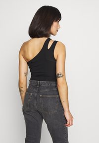 Missguided Petite - DOUBLE STRAP ONE SHOULDER - Topper - black - 2