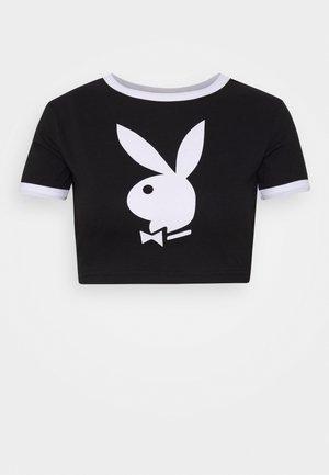 PLAYBOY RINGER DETAIL SLOGAN - T-shirts med print - black