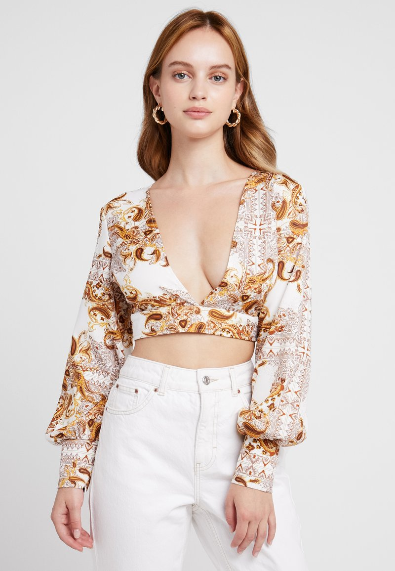 Missguided Petite - PLUNGE LONG SLEEVE CROP - Blusa - white