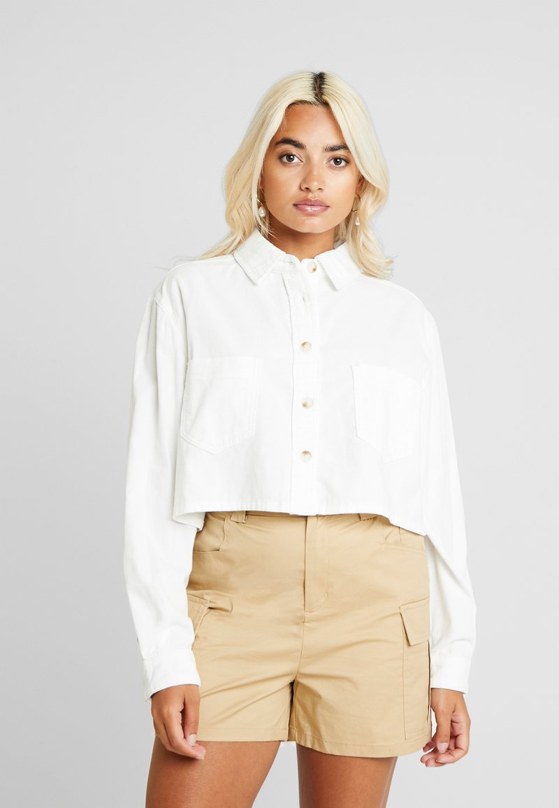 Missguided Petite - CROPPED - Chemisier - white