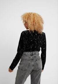 Missguided Petite - STAR PLUNGE WRAP BODYSUIT - Topper langermet - black - 2