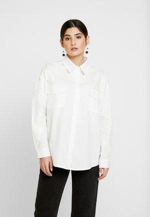 OVERSIZED POPLIN - Skjorta - white