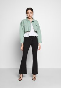 Missguided Petite - CROPPED RAW JACKET - Denim jacket - mint - 1