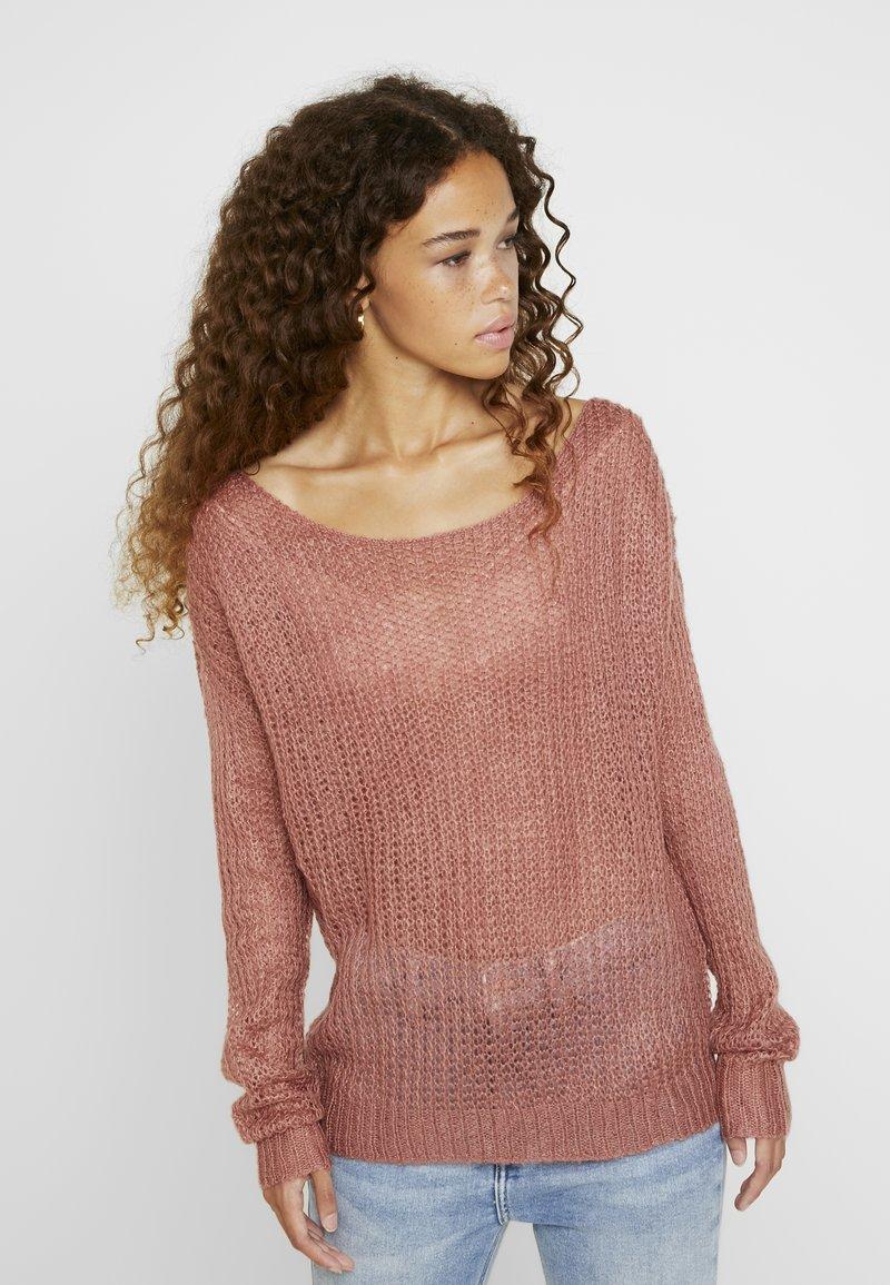 Missguided Petite - TWIST BACK JUMPER - Jersey de punto - rose