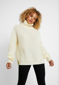 Missguided Petite - ROLL NECK JUMPER - Strickpullover - white - 0