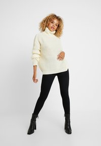 Missguided Petite - ROLL NECK JUMPER - Strickpullover - white - 1
