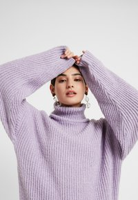 Missguided Petite - ROLLNECK OVERSIZED JUMPER - Trui - lilac - 3