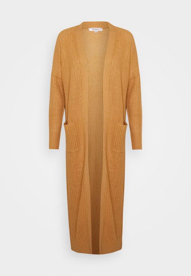 LONGLINE PATCH POCKET  - Cardigan - camel