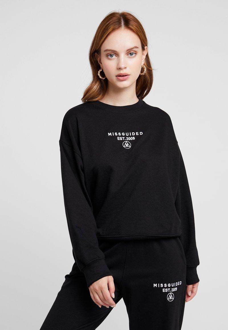 Missguided Petite - SLOGAN OVERSIZED - Sweatshirt - black