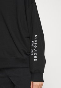 Missguided Petite - EMBROIDERED - Sweater - black - 5