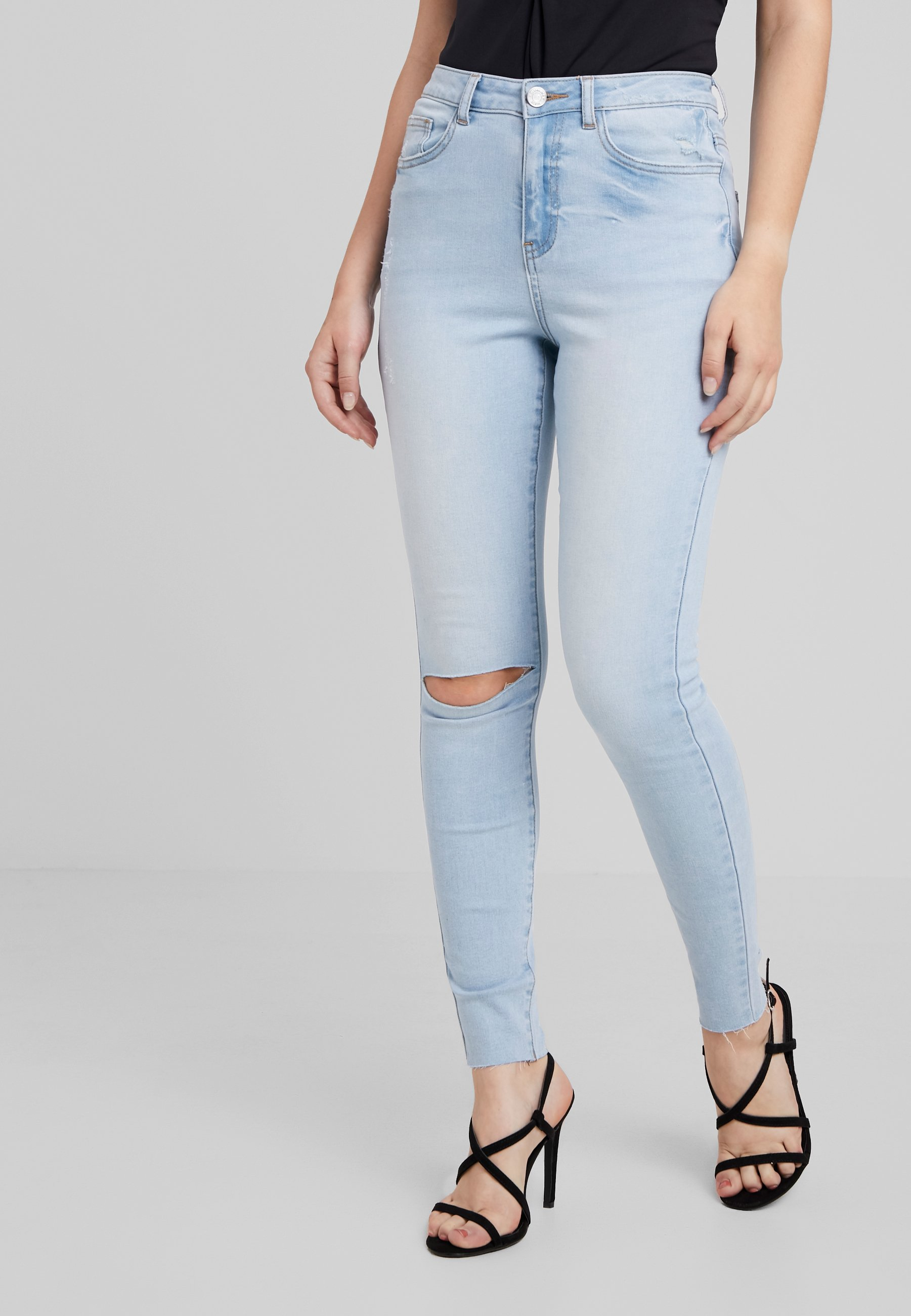Sinner Stonewash KneeJeans Missguided Single Petite Fit Skinny YI76ymbvfg