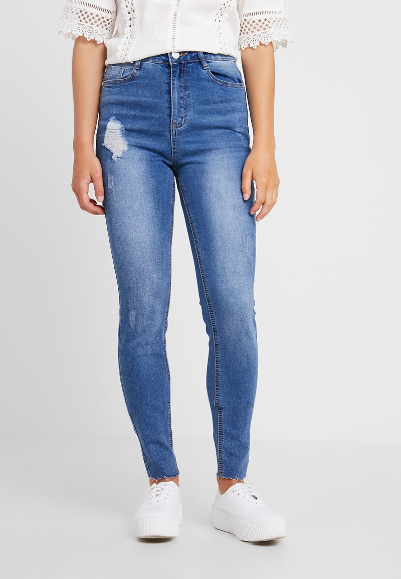 Missguided Petite - SINNER CLEAN DISTRESSED - Jeansy Skinny Fit - blue