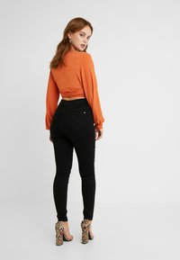 Missguided Petite - VICE HIGH WAISTED - Jeans Skinny - black - 2
