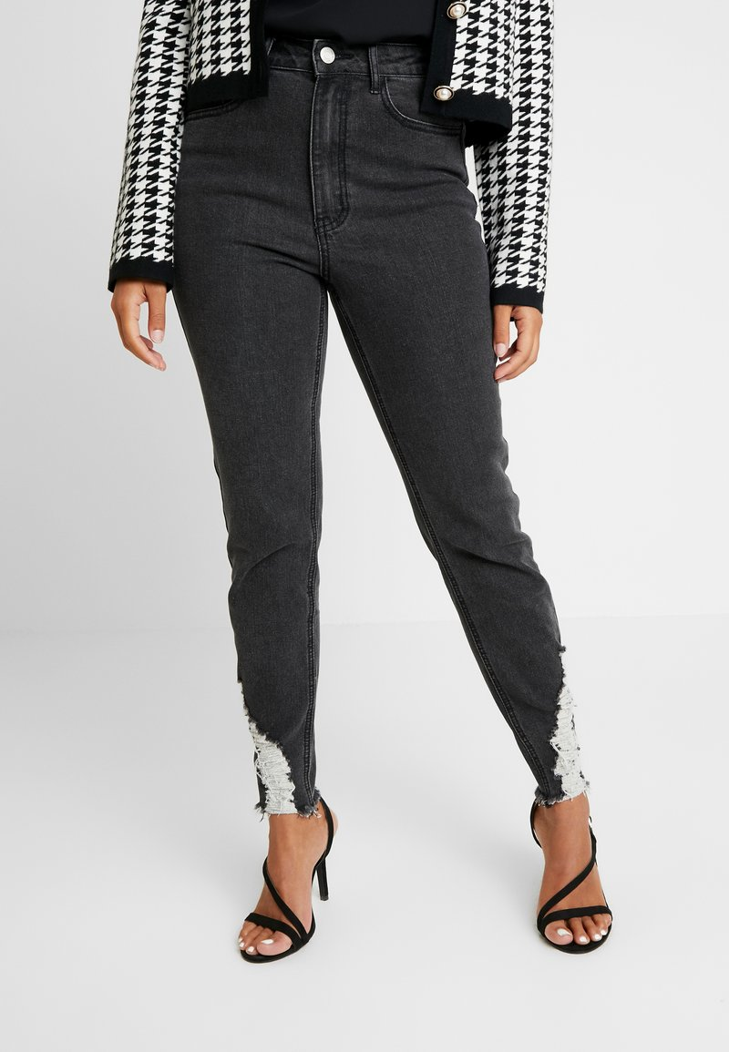 Missguided Petite - SINNER RIP KEY SHOUT - Jeans Skinny Fit - washed black