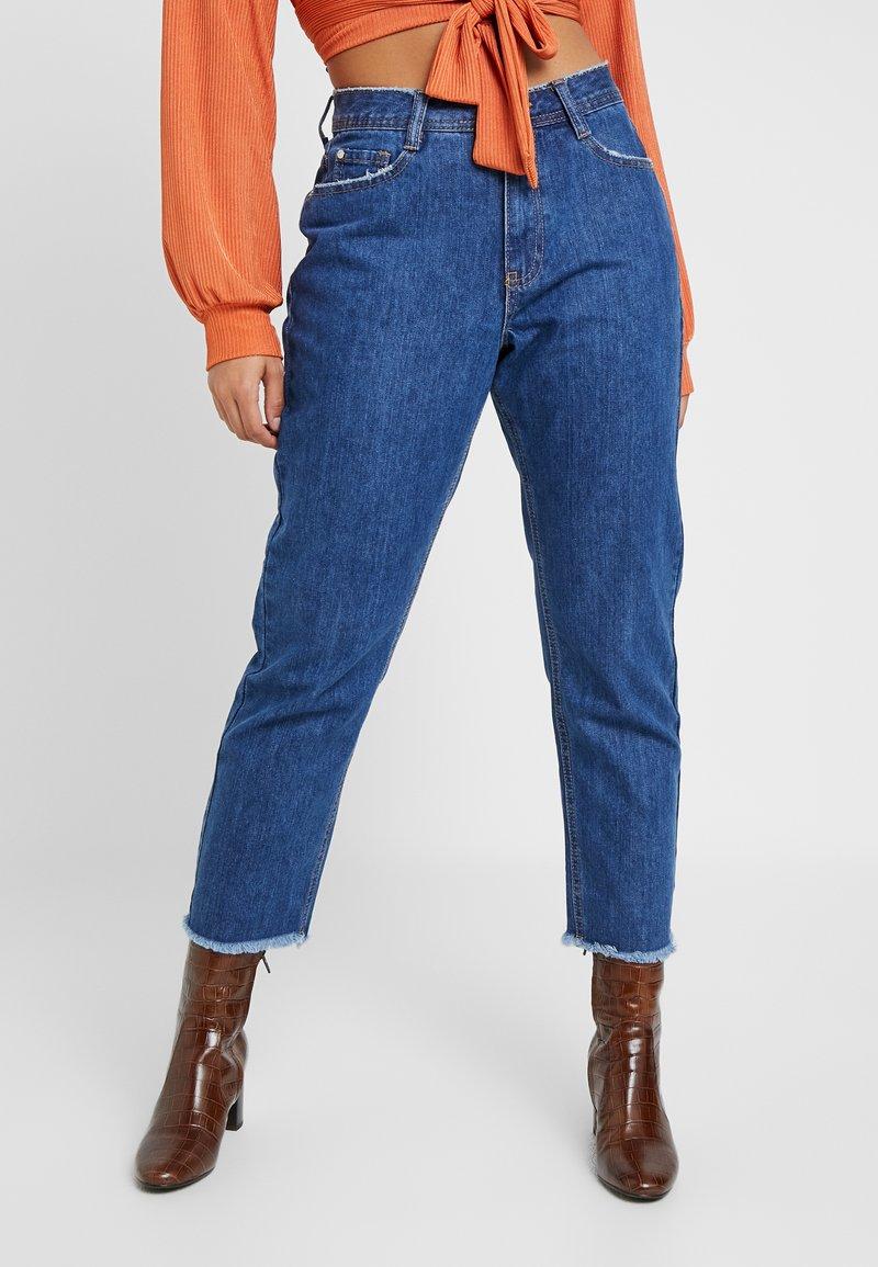 Missguided Petite - WRATH CLEAN CUT  - Jeans Straight Leg - blue