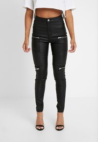 Missguided Petite - VICE HIGHWAISTED COATED ZIP POCKET - Jeans Skinny Fit - black - 0
