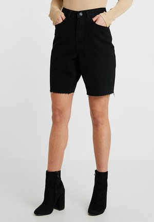 BOYFRIEND - Shorts - black