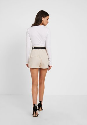 SEATBELT DETAIL - Shorts - sand