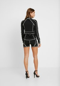 Missguided Petite - PANEL CYCLING - Shorts - black - 2
