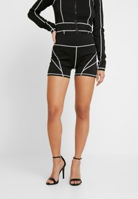 Missguided Petite - PANEL CYCLING - Shorts - black - 0