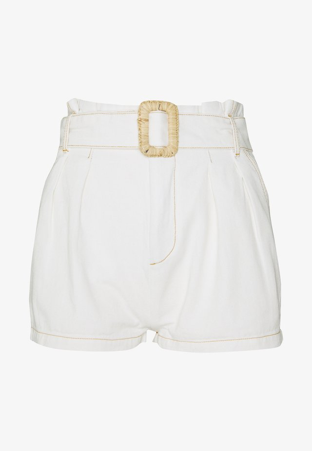 RAFFIA BUCKLE - Shorts - white