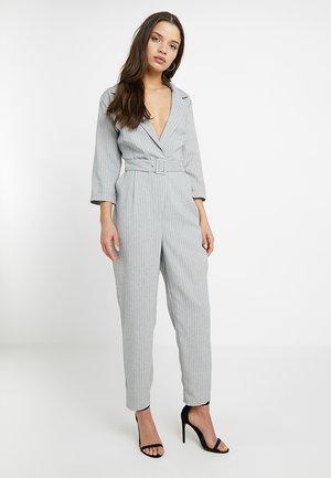 Mono - grey/white