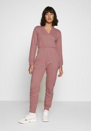 NOTCH LOOP BACK - Jumpsuit - pink