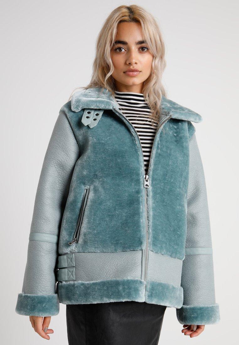 Missguided Petite - ULTIMATE AVIATOR - Winter jacket - sage