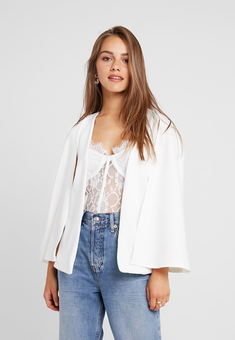 Missguided Petite - STRETCH BLAZER - Cape - white