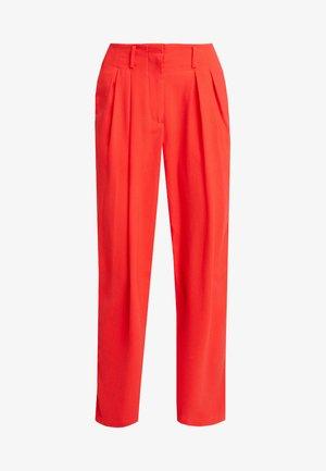 MORENA PANTS - Bukse - poppy red