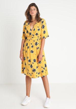 GUDRUN DRESS - Day dress - tawny