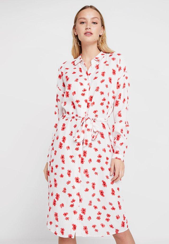 MOSA GENNI DRESS - Košilové šaty - offwhite/red