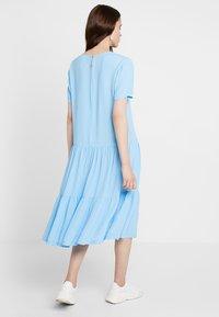 Moss Copenhagen - PIA MIRAM DRESS - Robe d'été - alaskan blue - 2