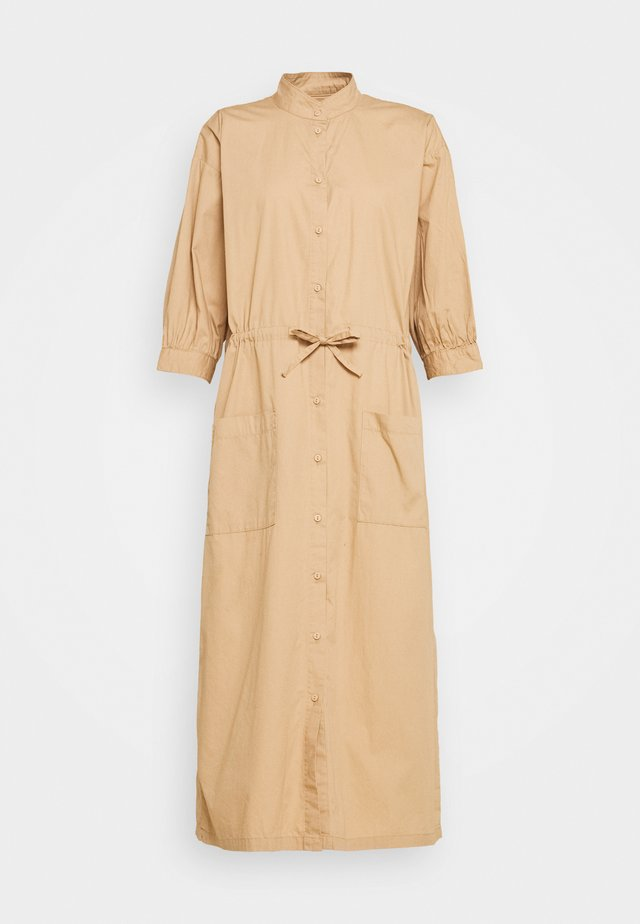 TAYLOR - Robe chemise - nougat