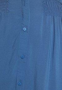 Moss Copenhagen - CADDY BEACH DRESS - Košilové šaty - blue horizon - 6