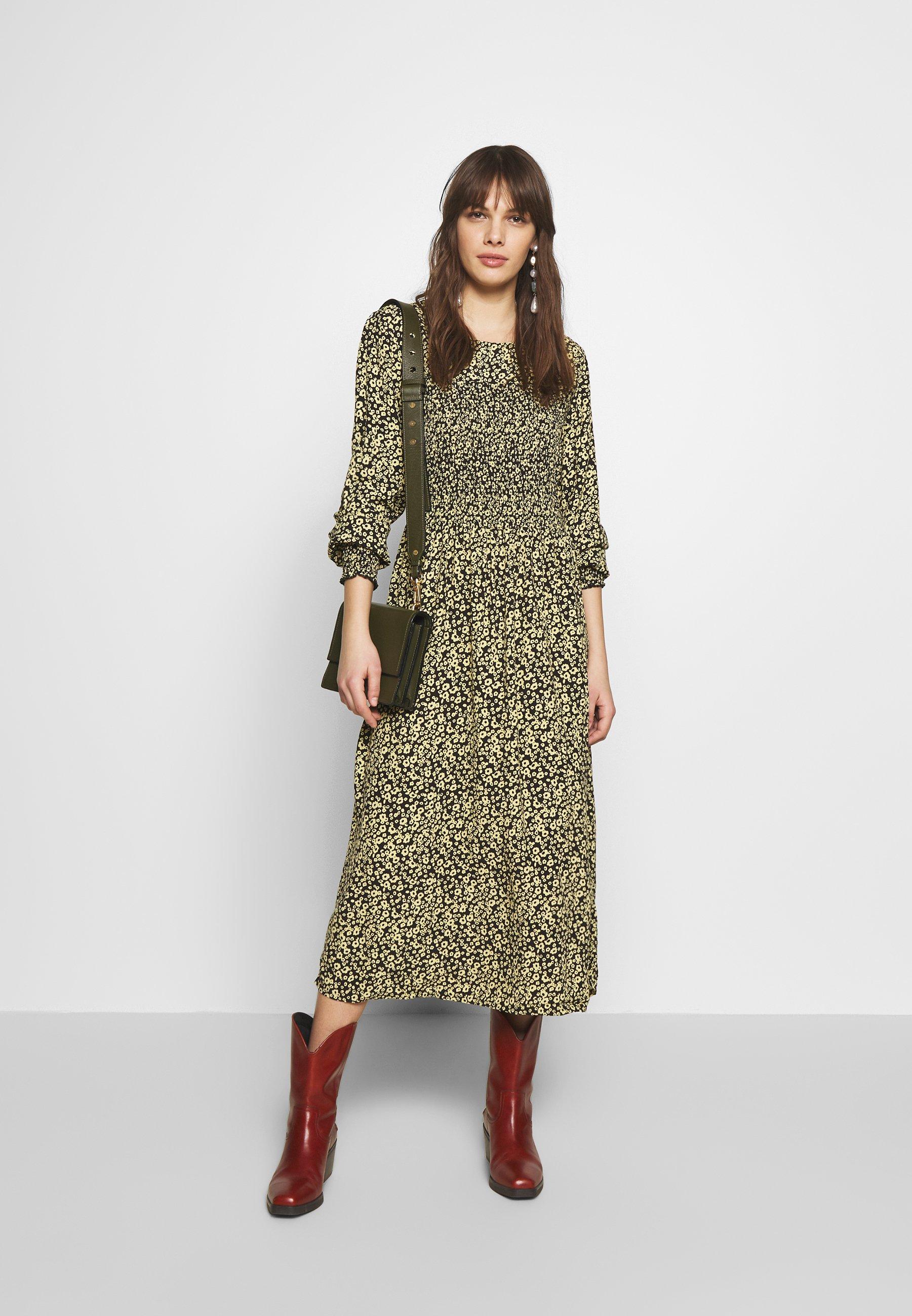 Moss Copenhagen CELINA MOROCCO SMOCK DRESS - Sukienka letnia - celina