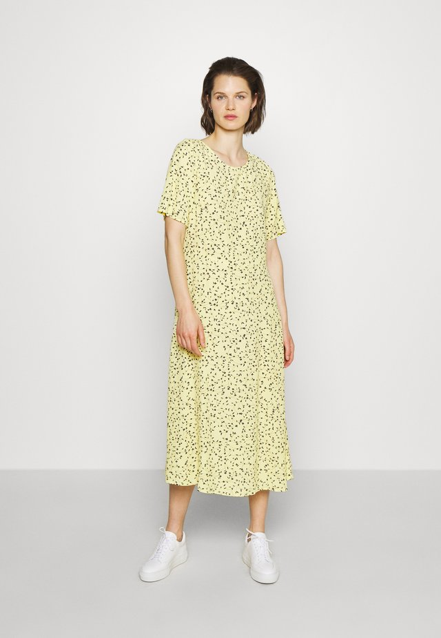JILLIAN DRESS - Robe d'été - banana