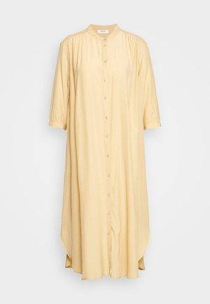 BENEDICTE MELODY 3/4 DRESS - Shirt dress - croissant